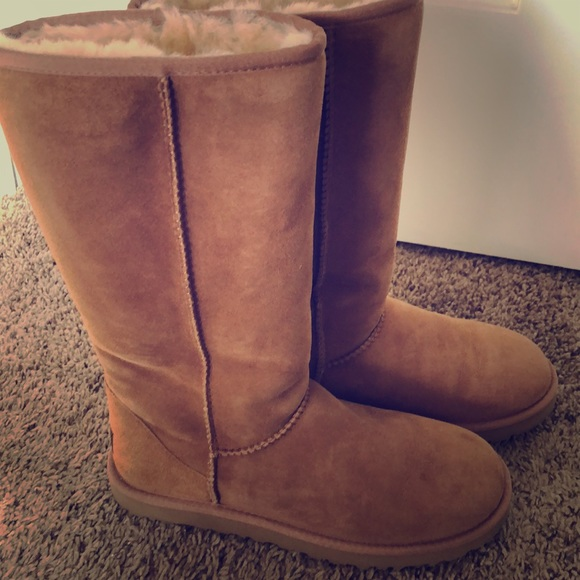 8eec3234dae Size 8 Tall Women's UGG Boots Chestnut